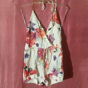 EUC Luxxel floral romper, low back small